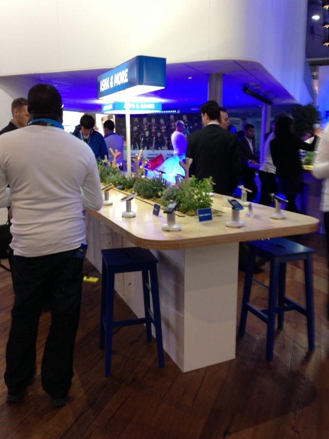 "Nokia ""green style"" product showcase"